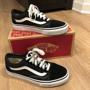 Vans Old Skool Black/ White Classic 6.5US 36.5EUR